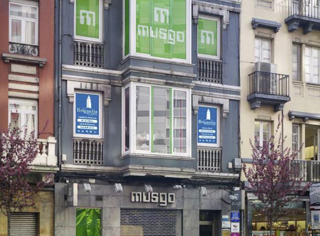 Fachada edificio Brigantia, en Juan Flórez 8, A Coruña